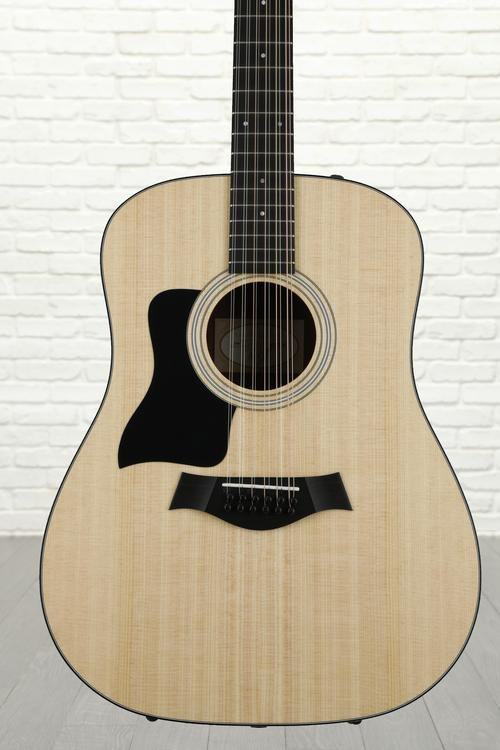 Taylor 150e Left-handed - Layered Walnut back and sides
