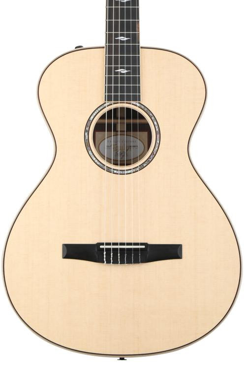 Taylor 812e-N - Rosewood back and sides image 1