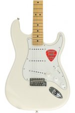 Fender American Special Stratocaster - Olympic White with Maple Fingerboard