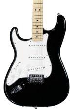 Fender Standard Stratocaster Left-handed - Black with Maple Fingerboard