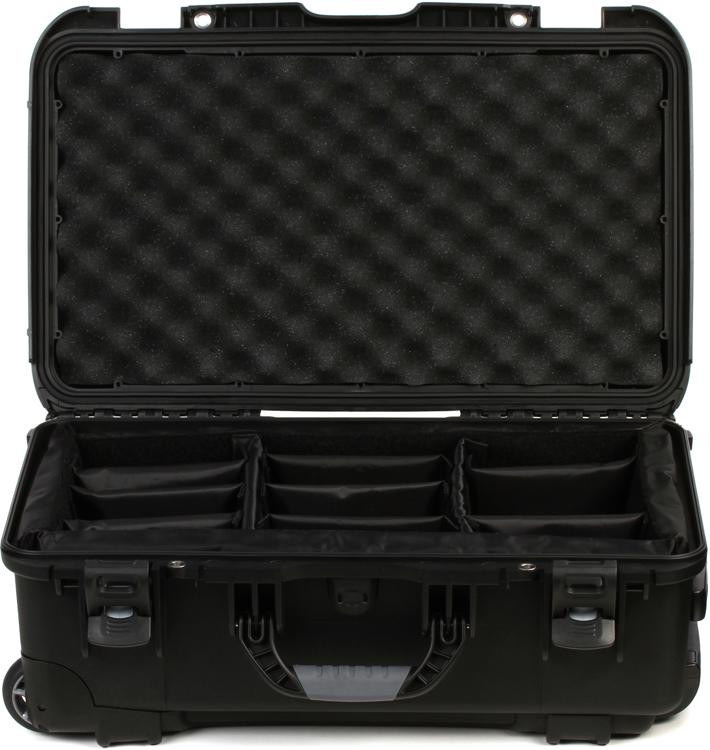 Gator GU-2011-07-WPDV - Waterproof case w/divider system; 20.5