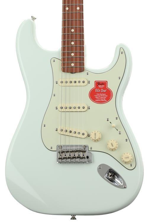 Classic Player '60s Stratocaster - Sonic Blue w/ Pau Ferro Fingerboard