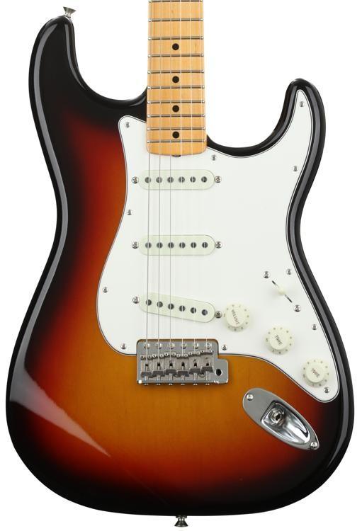 1962 Vintage Custom Stratocaster - 3-Color Sunburst