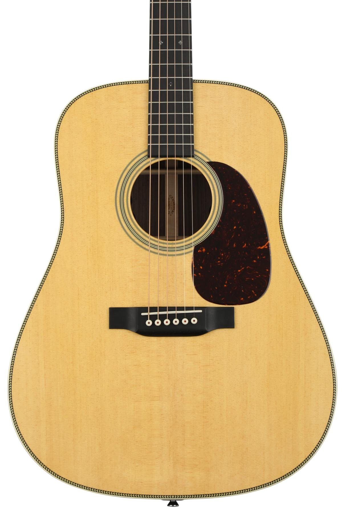 Martin Hd 28e Acoustic Guitar With Fishman Electronics Natural Sweetwater