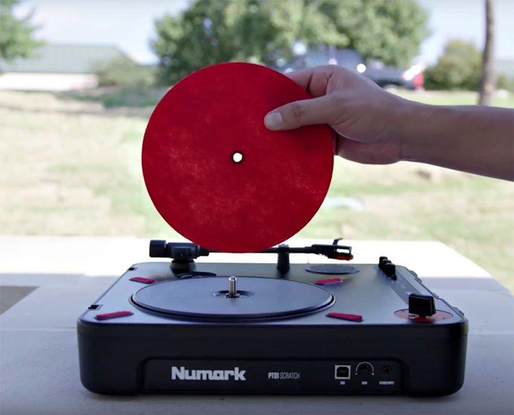 Numark PT01 Scratch Portable DJ Turntable   Sweetwater