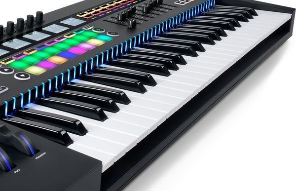 Novation 61SL MkIII Keyboard Controller with Sequencer