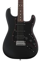 Fender Special Edition Stratocaster HSS Noir - Satin Black with Pau Ferro Fingerboard