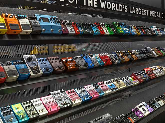 Guitar Rooms at the Sweetwater Music Store | Sweetwater.com