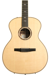 Taylor 814e-N - Rosewood back and sides