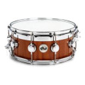 DW Collector's Maple/Mahogany Top Edge Snare Drum - 6x14 - Natural Mahogany LacquerCollector's Maple/Mahogany Top Edge Snare Drum - 6x14 - Natural Mahogany Lacquer