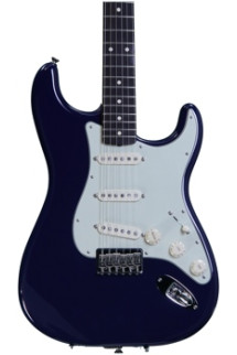 Fender Robert Cray Stratocaster - Violet with Rosewood Fingerboard