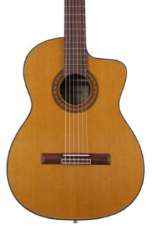 Takamine TC132SC Acoustic Electric Nylon with Cutaway - Natural
