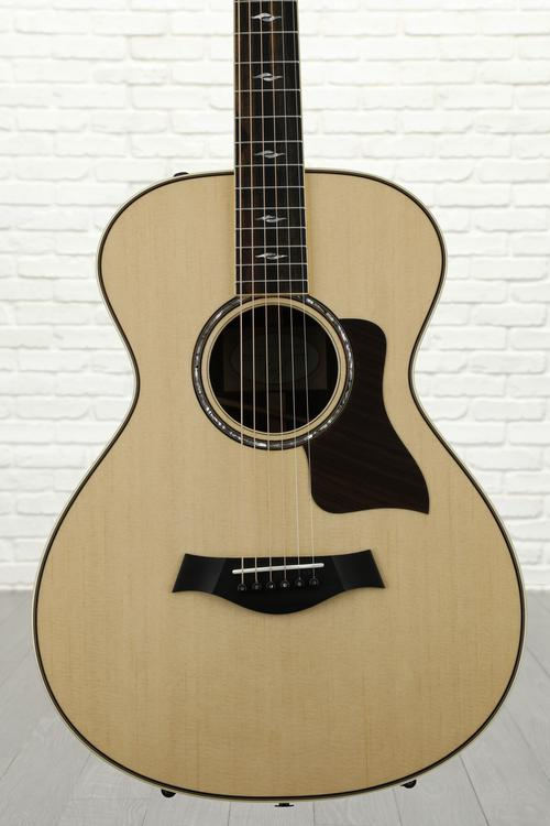 Taylor 812e 12-fret - Rosewood back and sides