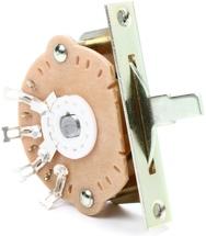 Emerson Custom Oak Grigsby Lever Switch - 3-way