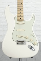 Fender Deluxe Roadhouse Strat - Olympic White with Maple Fingerboard