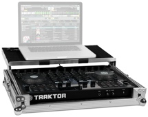 Native Instruments Traktor Kontrol S4 with Traktor Kontrol Case