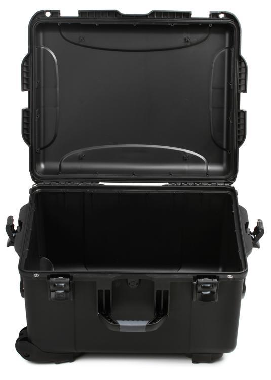Gator GU-2217-13-WPNF - Waterproof utility case; 22