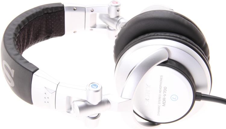 Sony MDR-V700DJ - Closed image 1