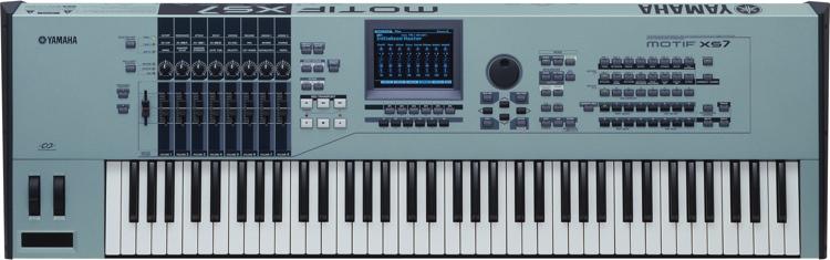 Yamaha MOTIF XS7 image 1