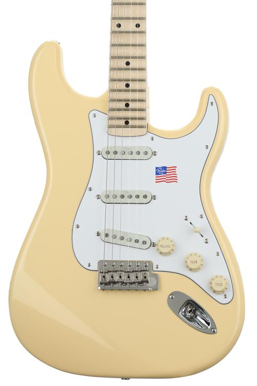 Fender Yngwie Malmsteen Stratocaster - Vintage White with Maple Fingerboard image 1