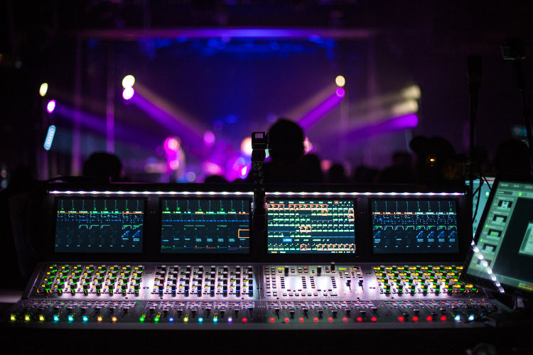 Avid Venue S6l System With S6l 32d Control Surface And E6l